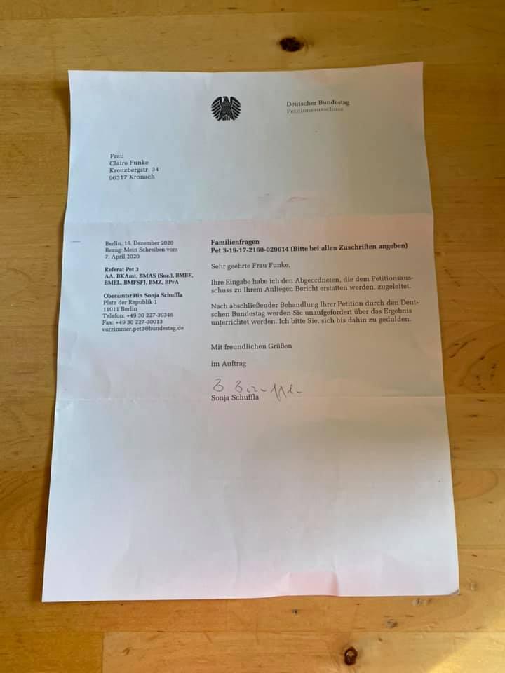 Bild von einem Brief vom Petitionsausschuss des Deutschen Bundestag.